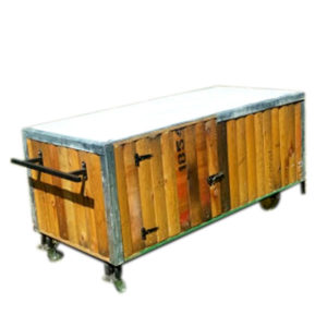wagon-serving-station-hire